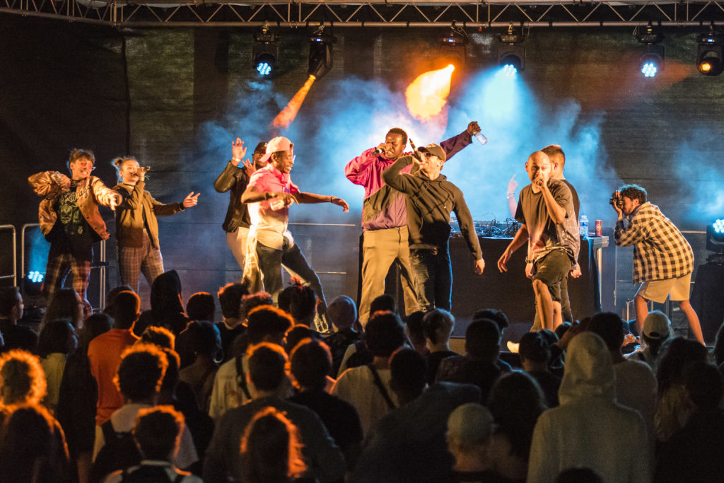 Zarrowclan festival transforme